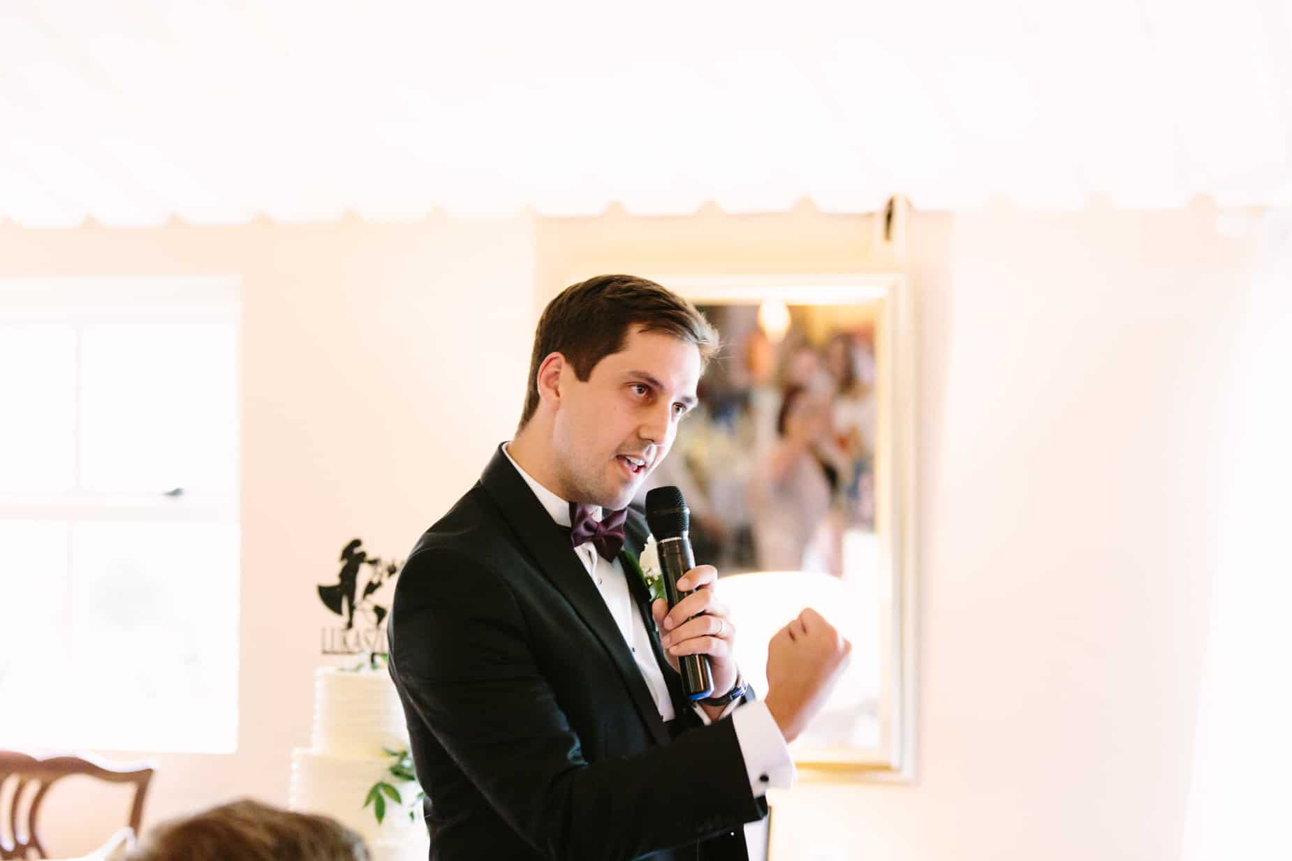 groomsman giving wedding speech