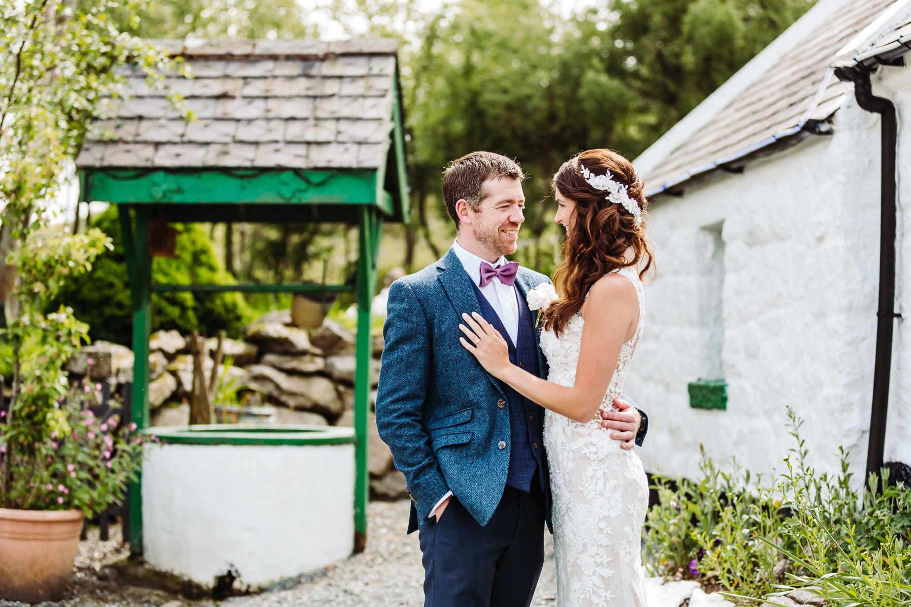 Rocky mountain cottage wedding photography
